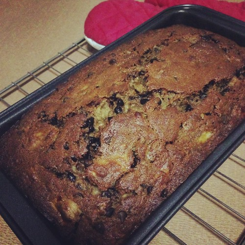 banana choc chip cake