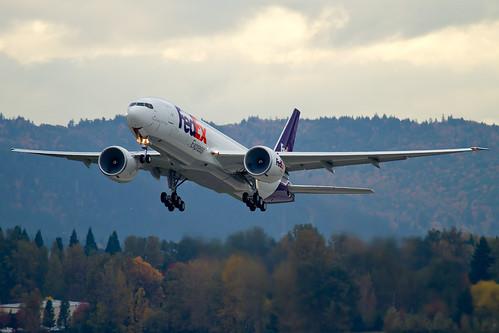 B77L - Boeing 777-FS2