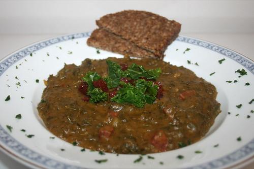 36 - Kartoffel-Grünkohl-Eintopf mit Chorizo / Potato borecole stew with chorizo - CloseUp