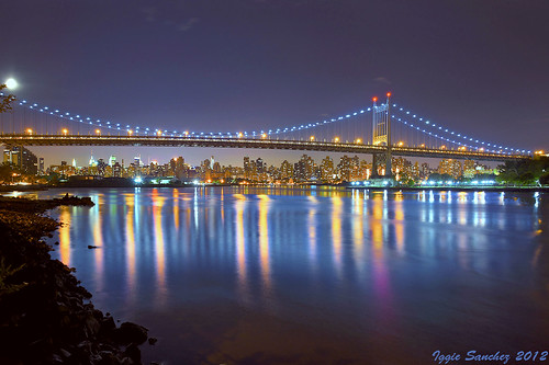 york city night reflections river lights manhattan queens triborough bridgenew wueens robertfkennedymemorialbridge