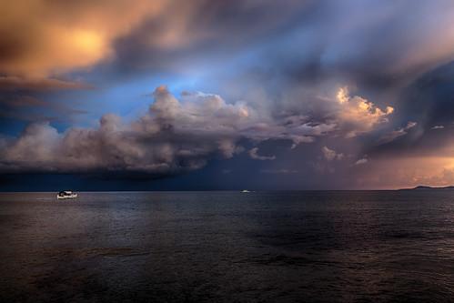 sea sky clouds sunrise boats greece crete rethymno κρήτη ελλάδα σύννεφα θάλασσα ανατολή ρέθυμνο ουρανόσ βάρκεσ