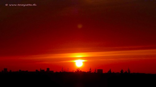 webshots travel sunset nature sun europe air netherlands holland scene dutch sky clouds view cloud apartment skies sunsets sunrises color colour colours zon zonsondergang natuur ash eruption panasonic wolken zeist lucht vulcano tz5 iceland 2010