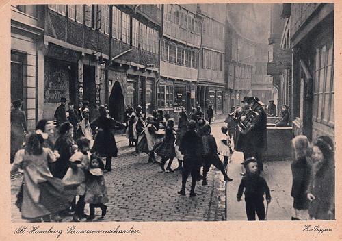 112. Alt-Hamburg Strassenmusikanten by Heinrich von Seggern (c.1920s)