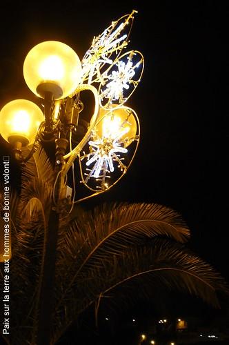 Joyeuses Fêtes à ceux qui font la fête et meilleures pensées A TOUS ! by Claudie K