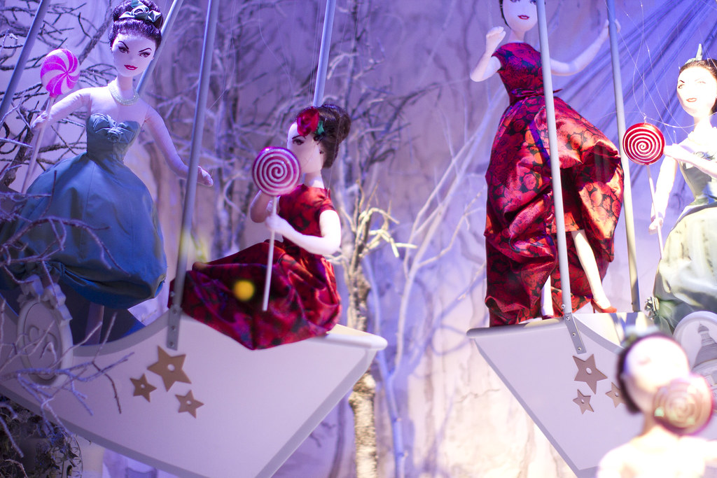 Printemps Christmas Windows 3