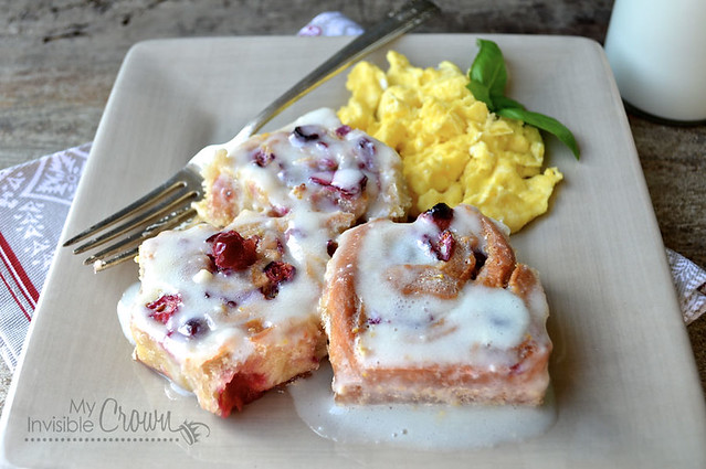 Yeasted-Cranberry-Orange-Rolls