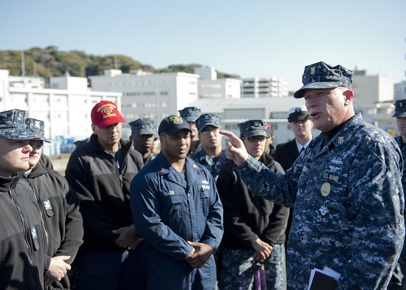 Pacific Fleet Master Chief John Minyard speaks with crew members of USS McCampbell