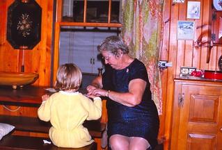 New Hampshire   -   Lake Winnipesaukee   -   Alton Bay   -   Jessica & Marion   -   October 1975