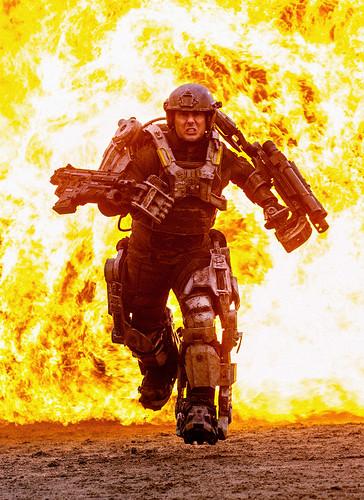 121110(3) - 由「湯姆·克魯斯 (Tom Cruise)」主演之輕小說改編2014年電影《All You Need Is Kill》公開第一張爆炸性劇照!