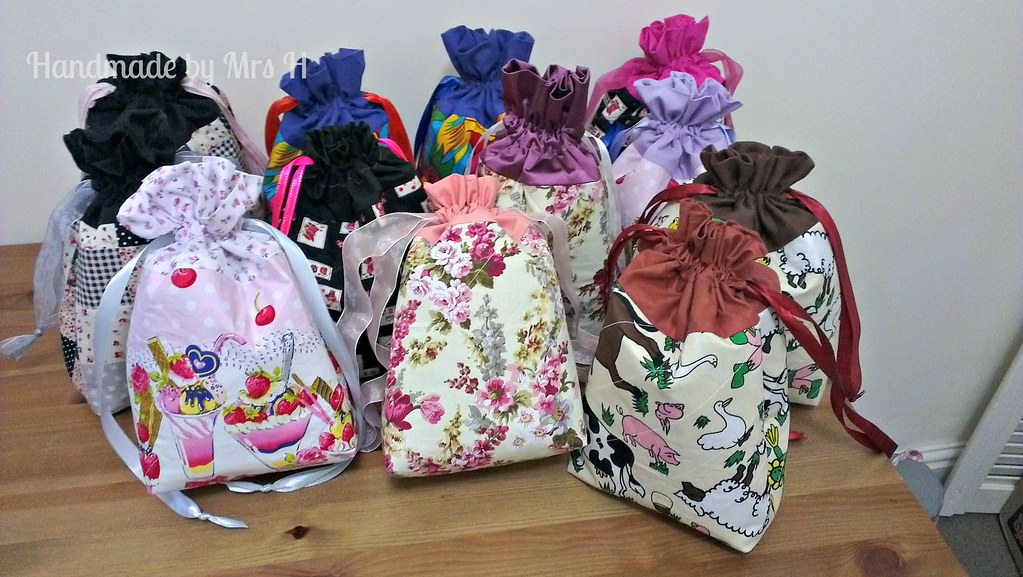 Regular drawstring bags
