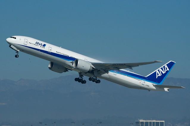ANA Boeing 777-300ER JA788A