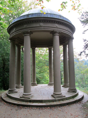 Temple of Fame, Studley Royal Water Garden