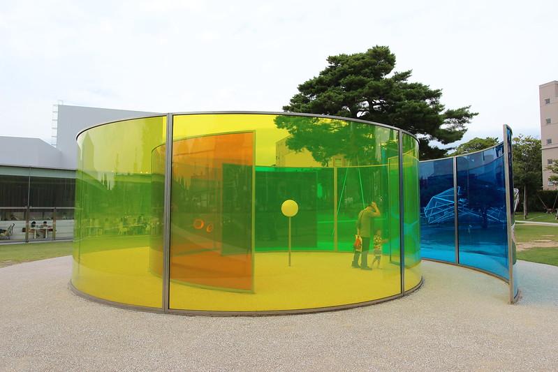 金沢21世紀美術館 カラー・アクティヴィティ・ハウス