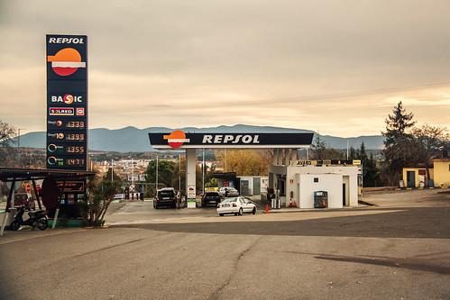 Voiture en Espagne : les règles à respecter, prix de l'essence