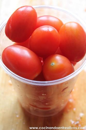 Compota de tomates con huevos escalfados (3)