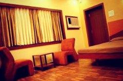 kolkata hotels hotel trimoorthi
