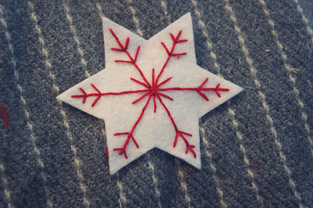 felt decoration1.JPG_effected