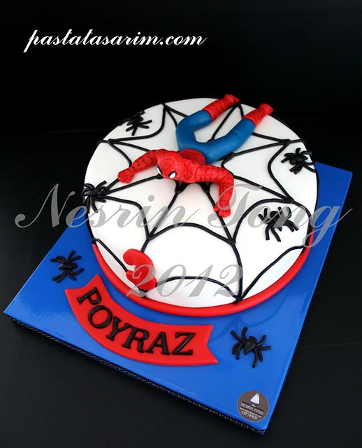 spiderman cake - poyraz (Medium)