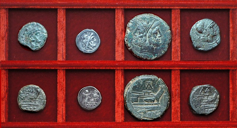 RRC 161 TAL Juventia quadrans, RRC 162 MAT Matiena victoriatus and bronzes (thick letters), Ahala collection, coins of the Roman Republic