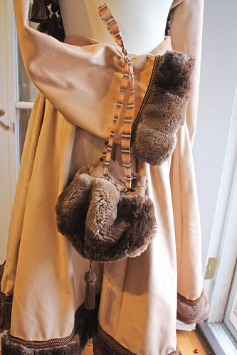 Tan velvet brown fur 5