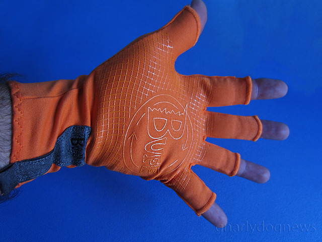 Buff water glove palm_c