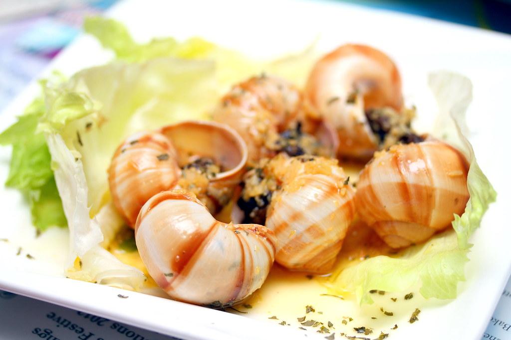 5酒后兔子小酒馆&酒吧:烤escargot