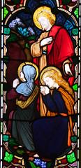 Mary and Martha await the resurrection of Lazarus