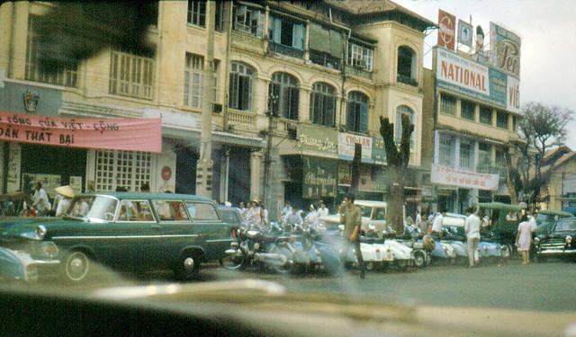 Saigon 1967– 68 by Bob Diamond - Đường Lê Lợi