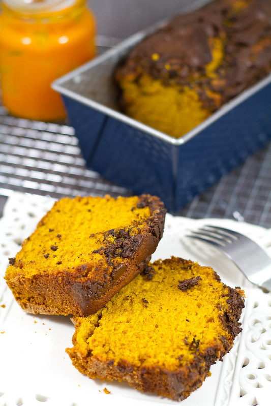 PumpkinBreadWithChocolate3
