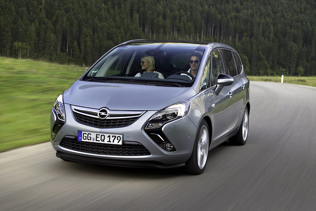 Opel Zafira Tourer - Gewinner des Goldenen Lenkrads 2012