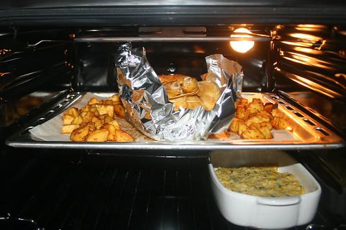 54 - Hähnchen auf Blech geben / Add chicken to tray