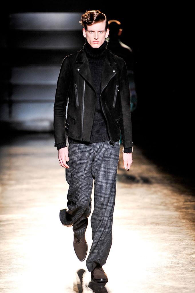 Stefan Lankreijer3014_FW12 Paris John Lawrence Sullivan(fashionising.com)