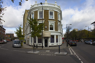 Bramley Arms, Bramley Road, W10