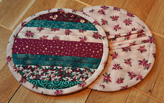 Not-so-zakka-style-potholders-2