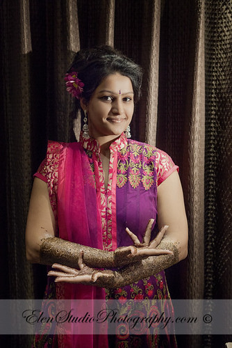 Indian-wedding-photographer-Henna-night-V&A-Elen-Studio-Photograhy-006