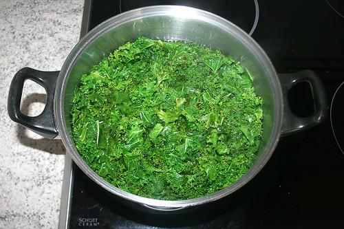 18 - Grünkohl blanchieren / Blanch borecole
