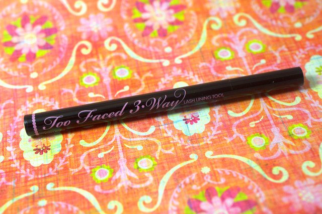 Mascara Monday: Too Faced 3-Way Lash Lining Tool