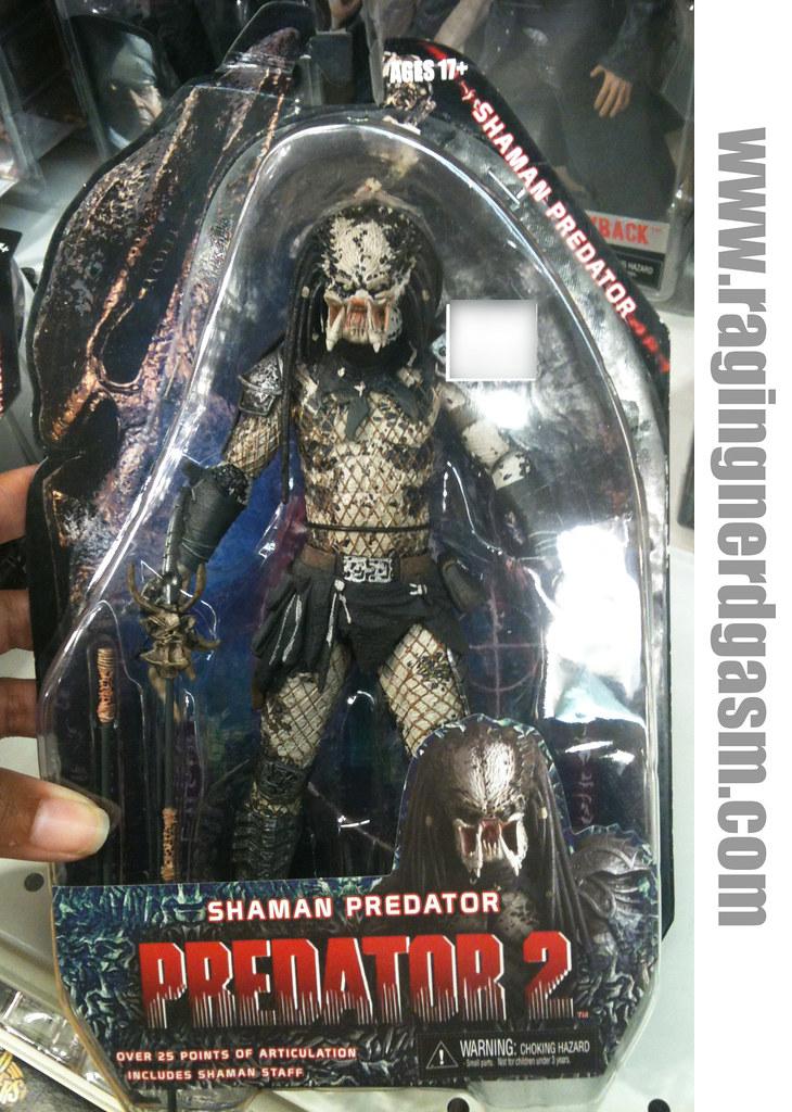 Predator 2Shaman Predator by NECA 011