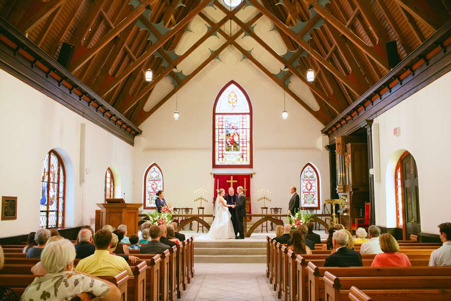 a st luke 39 s chapel wedding in charleston south carolina