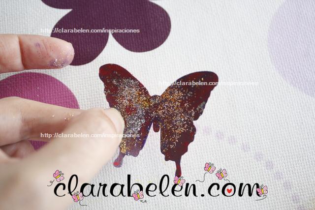 Cómo decorar mariposas de cartulina con esmaltes de uñas