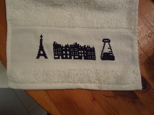 Tour Eiffel versus  laboratoire