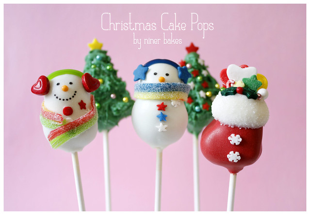 Christmas Wonderland Cake Pops: Stockings, Snowmen, Penguins, Santa Hats, Holly Leafs, Christmas Trees and more!