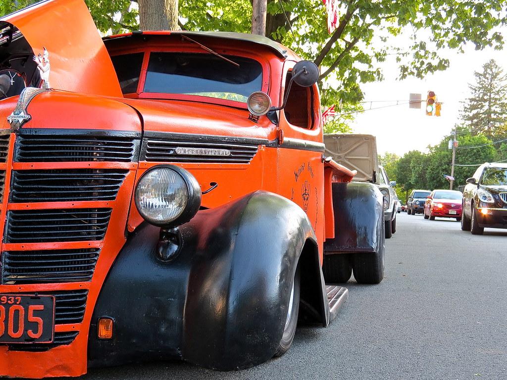 Pictures of International Custom Trucks