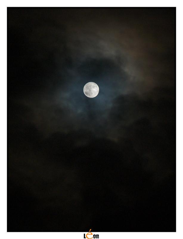 Essai de lune 8227047489_158ea28bf5_c