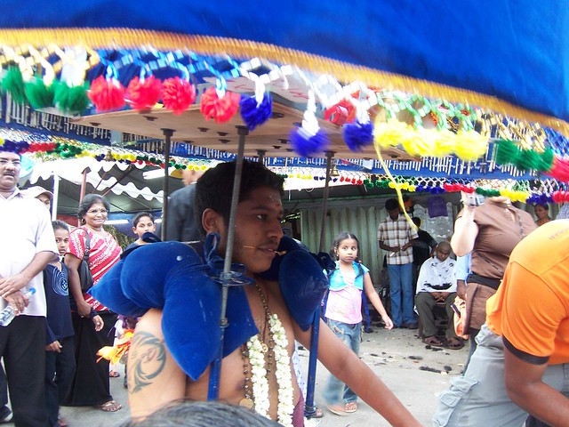 antico rito indu in malesia