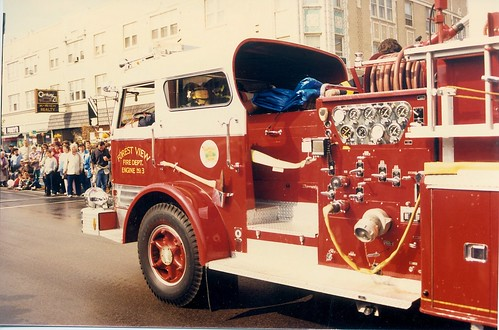 The October 1988 Berwyn houby Day Parade.  Berwyn Illinois. by Eddie from Chicago