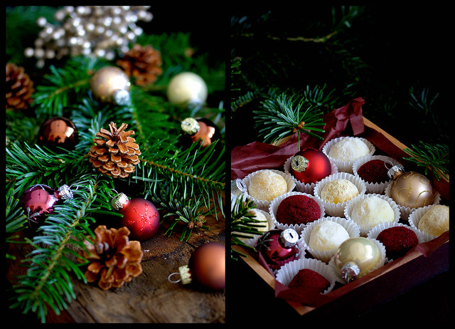 Dreierlei Schoko-Trüffel (Glühwein-Cassis///Rum-Kokos///Orange-Maracuja)***Three kinds of chocolate truffles (Mulled wine and cassis / / / rum-coconut / / / orange-passion fruit)