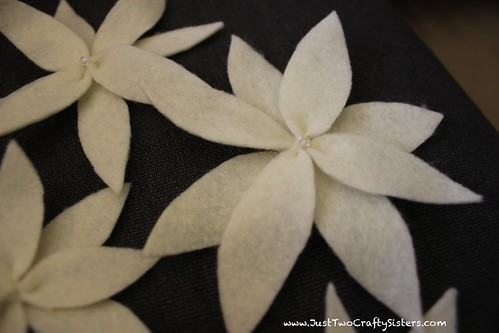 Felt Flower Christmas Tree Skirt