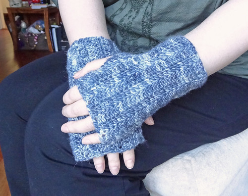 Grey Mitts 01
