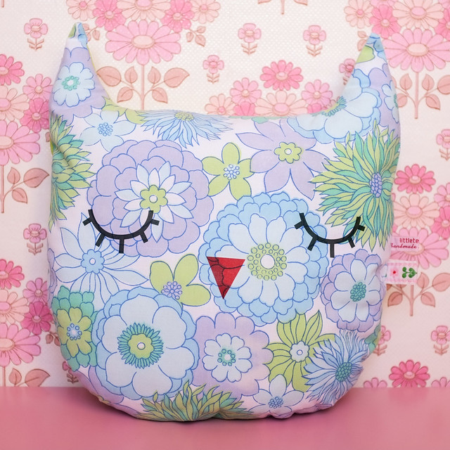 Sleepy owl by Little Tea Wagon